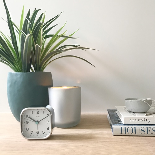 Toki - Liv Chrome SILENT SWEEP alarm clock